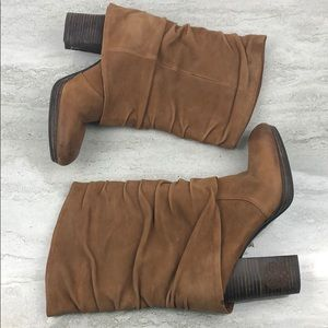 Vince Camuto Brown Suede Boots Size 8